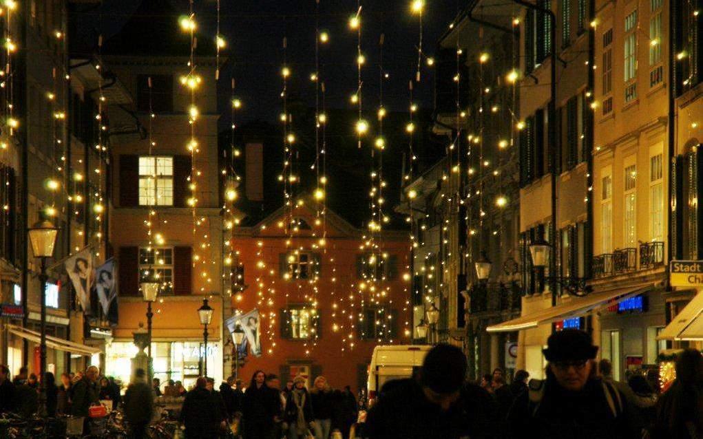 Solothurner Weihnachtsbeleuchtung bei Nacht