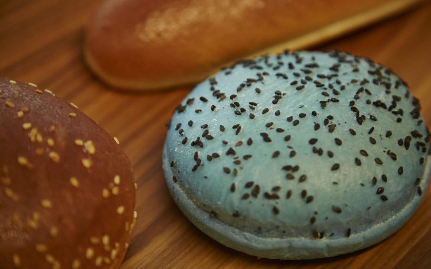 farbige Burgerbrötchen in der Fortisa AG
