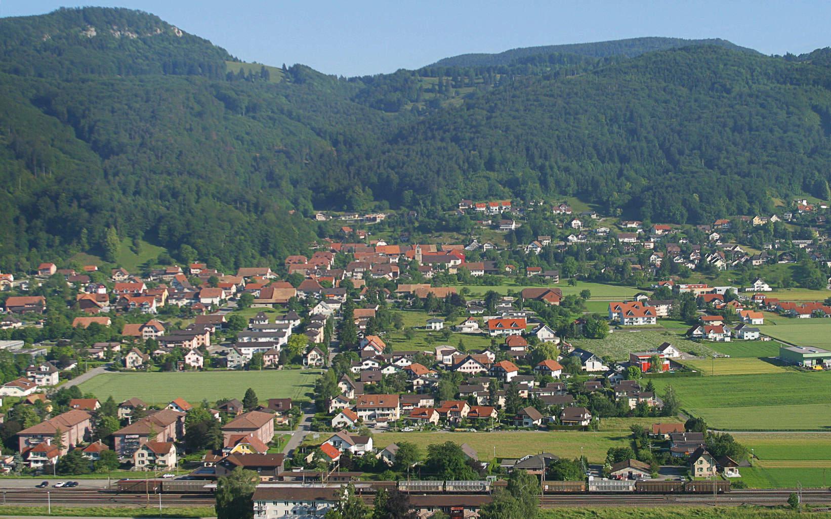 Luftaufnahme Dorf in Solothurn